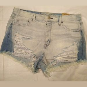 New American Eagle Light Destroyed Denim 10